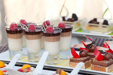 wedding-dessert-shooters
