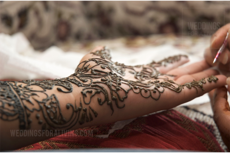 What is mehndi
