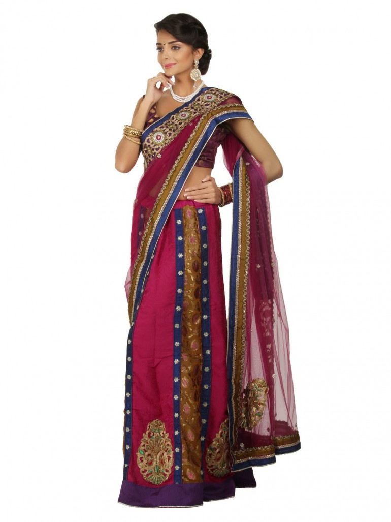 what is a sari
