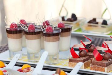 wedding-dessert-shooters
