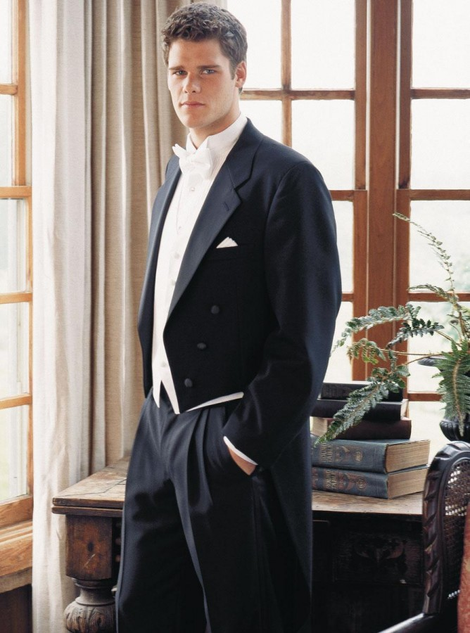 What Does Tailcoat Mean Definition Of Tailcoat By
